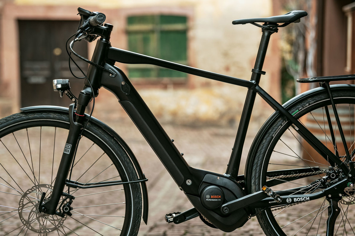 Performance Line – The sporty eBike drive - Bosch eBike Systems